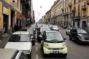 moveng app per spostare auto in doppoa fila
